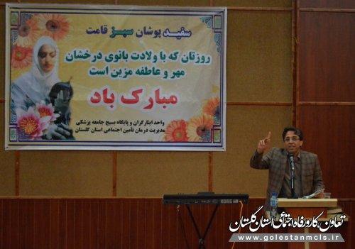 دکتر حسین پور:پرستاری قبل از اینکه یک شغل باشد ، عشق به همنوع است.