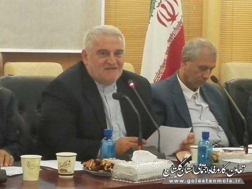 استاندار گلستان: یکی از مشکلات موجود در اقتصاد استان بالا بودن هزینه های تولید است.