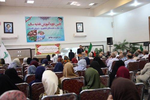 مدیرکل تعاون کار گلستان تاکید کرد: مشکلات اقتصادی ما را از مسائل فرهنگی غافل نکند.